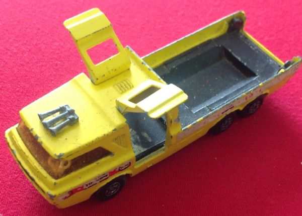 Matchbox Super Kings No. K-7 Racing Car Transporter ( Missing Tailgate )